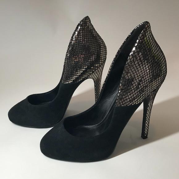 black silver pumps